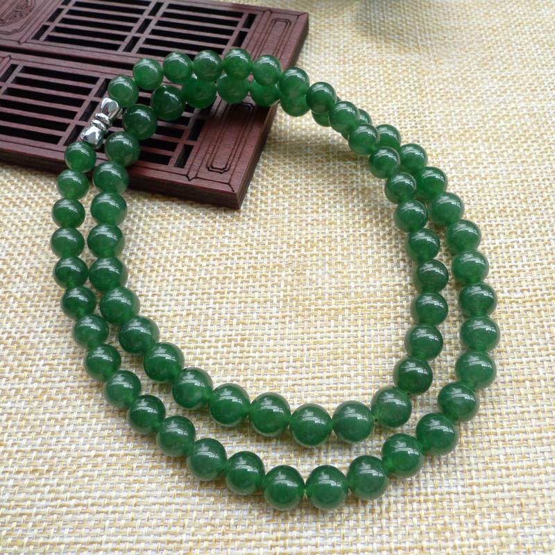 天然A货翡翠 满色辣绿塔珠项链,种水足,满绿 色泽均匀通透,珠圆玉润,,塔珠项链,上身效果好,尺寸