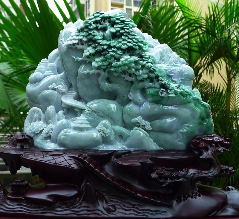 飘绿山水摆件 缅甸天然翡翠A货 精美 飘花 阳绿 高山流水 山水摆件 雕刻精美线条流畅 种水好 搭配