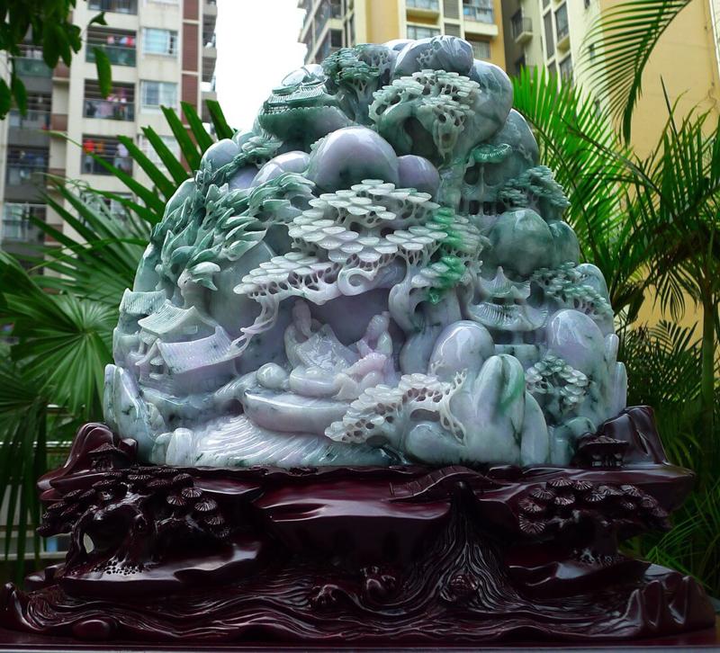 超大件山水摆件 缅甸天然翡翠A货 精美 老坑 飘花 飘阳绿 高山流水 山水摆件 雕刻精美线条流畅 种
