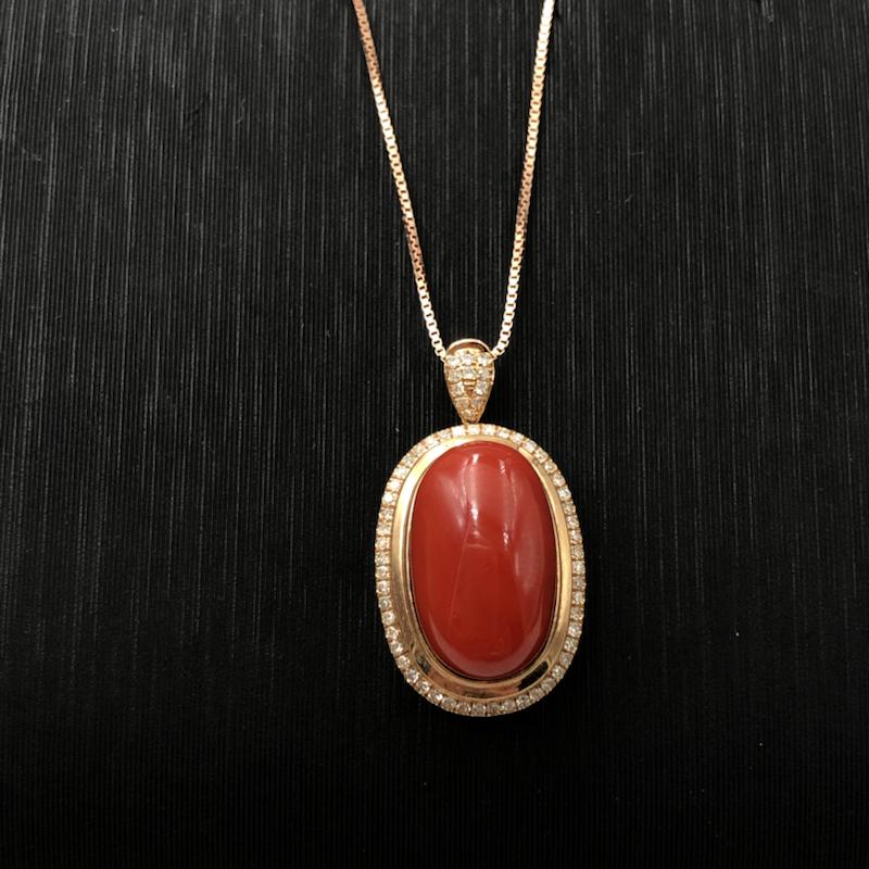 日本阿卡红珊瑚戒指吊坠两用款!红色,纯天然无添加,蛋面祼石尺寸为14.2*8.9mm,总重量为5.7