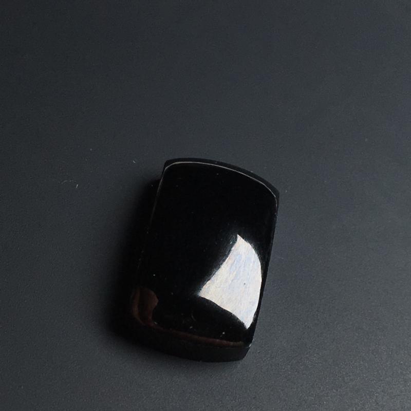 【【墨翠戒面】黑度好  打灯透绿  玉质细腻  饱满厚实  裸石18-10-5毫米】图3