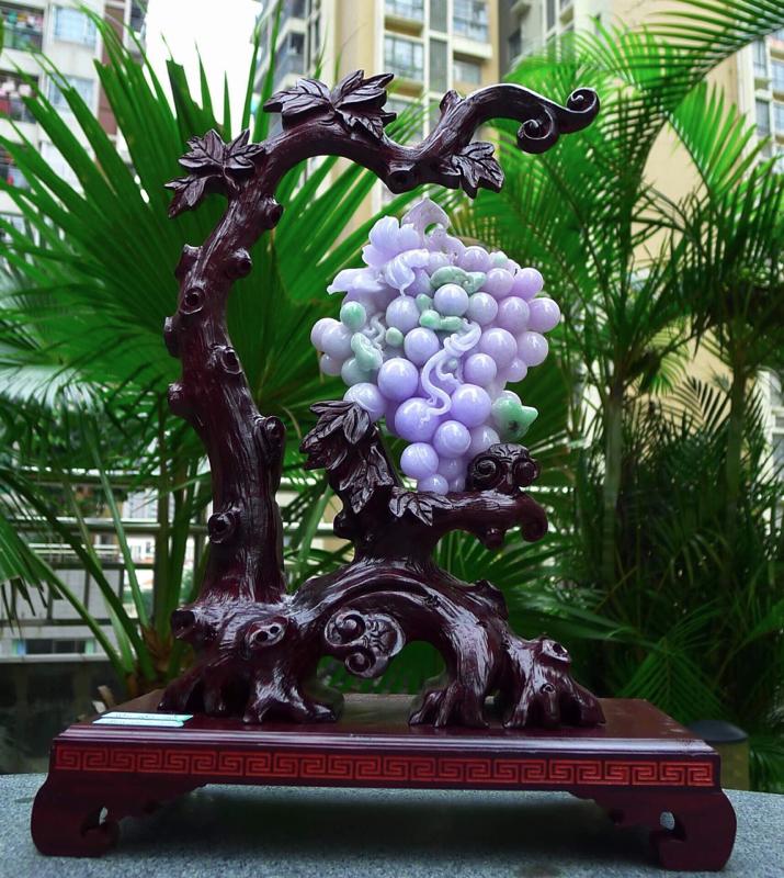 缅甸天然A货紫罗兰葡萄摆件带春彩色彩鲜艳