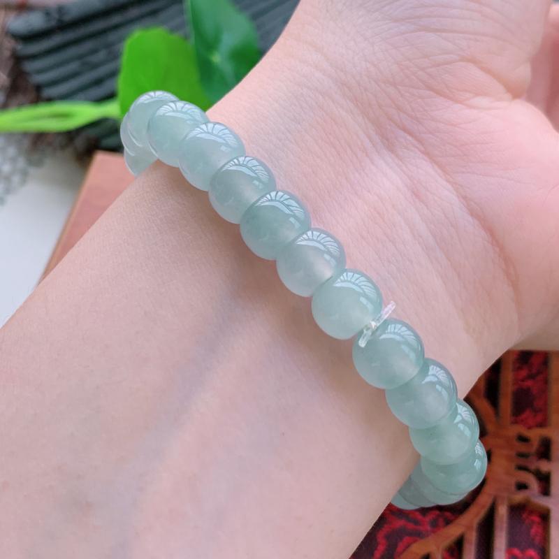 天然翡翠A货-冰润圆珠手链,种好,玉质细腻,水头饱满,形体漂亮,水润精致,上手效果佳,尺寸8.3mm