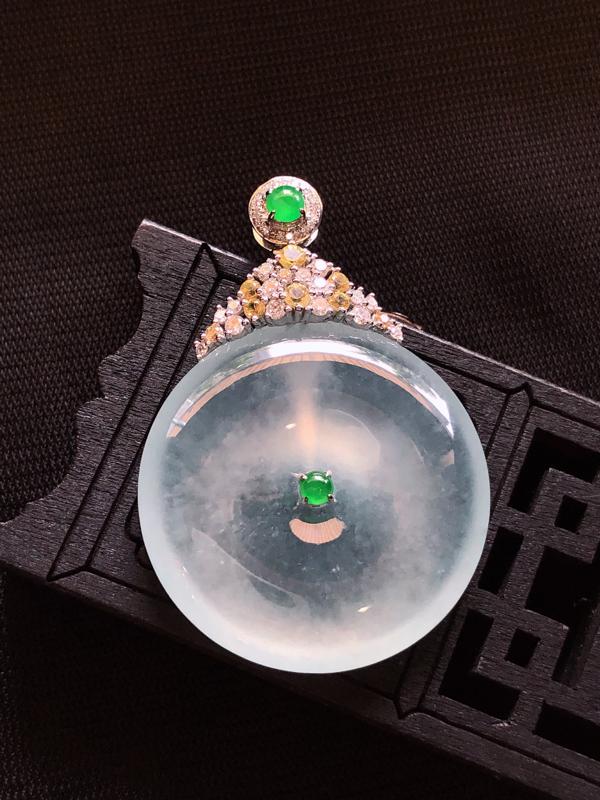 翡翠A货,18k金伴钻镶嵌冰种翡翠平安扣,种老起光