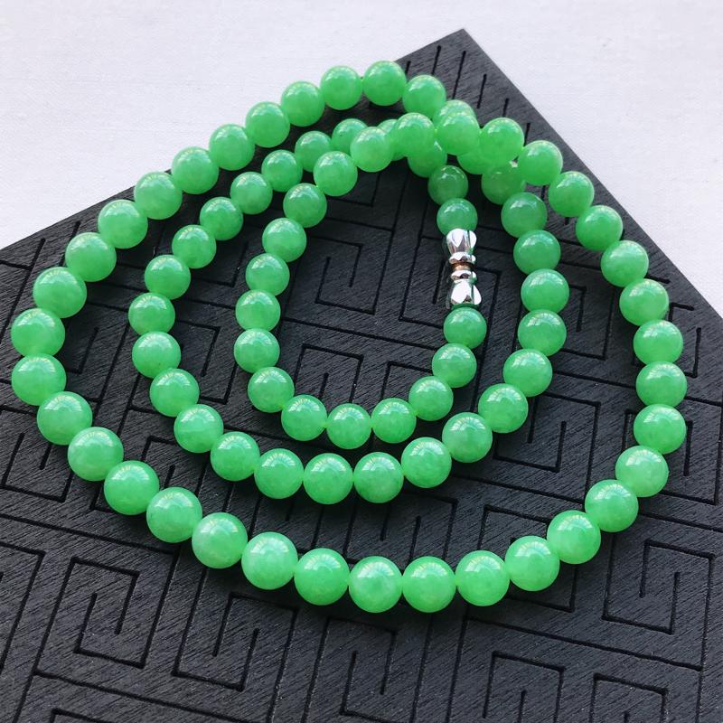 糯种阳绿圆珠项链手链两用,直径6.5,玉质细腻水润,底色漂亮,种水好