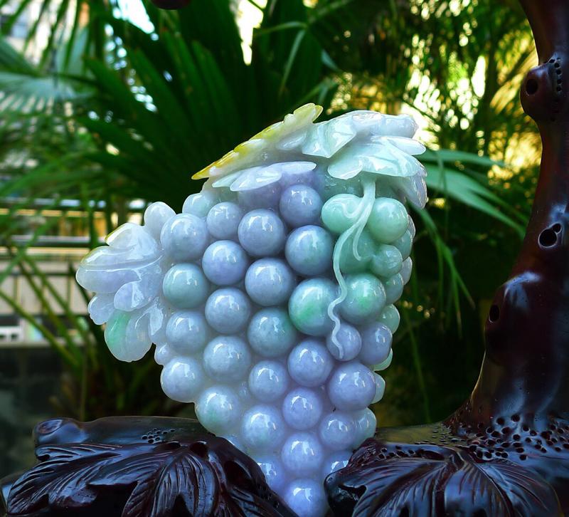 精雕刻春带彩 葡萄 摆件 缅甸天然翡翠A货 精美 春带彩 紫罗兰 喜上眉梢 花开富贵 多子多福 葡萄