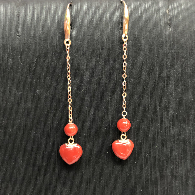 珊瑚耳坠,18k金镶嵌,非常时尚漂亮,珠子材料为意大利沙丁,深红色,完美品,❤️珠子尺寸:6.3mm