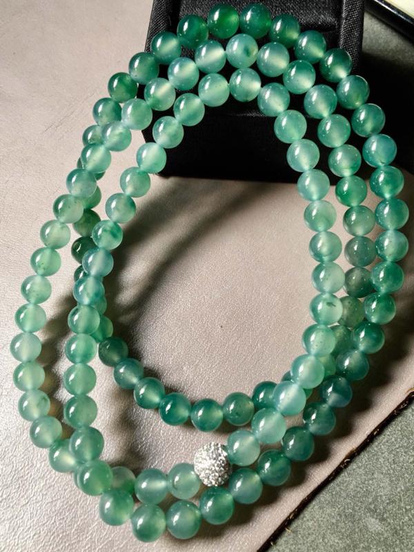 【.冰种飘绿珠链。完美。水头足。尺寸7mm、108颗】图2
