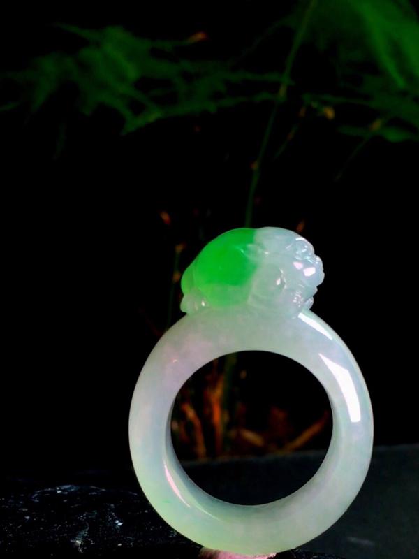 【绿花招财貔貅圈戒,38-28.2-9mm,内径19.2mm,20#,有种有水头】图4