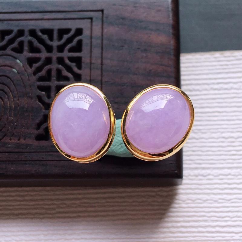 【18k金镶嵌紫罗兰蛋面耳钉一对,  料子细腻,雕工精美,颜色漂亮,  含金尺寸:11.7×9.8×5.7mm  裸石尺寸:10×8×4mm】图6