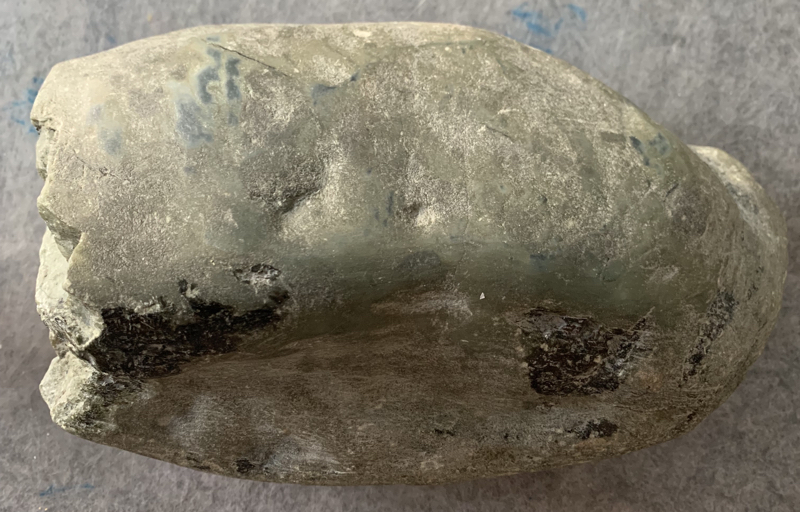 【👉 【名称】5公斤南齐敞口脱沙料       【重量】5公斤       【尺寸】230-150-100MM       【产地】缅甸新货翡翠原石       【描述】新货来袭!《免费切,免费盖手镯,免费开窗》南齐敞口全赌料,皮壳紧致细腻,脱沙种老发黑,肉细水足,带底色,喜欢的老板来秒!HQS】图12