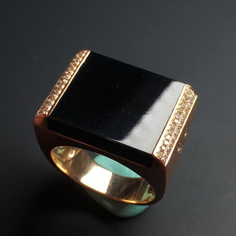 【【墨翠戒指】镶嵌豪华  打灯透绿  玉质细腻  款式精美  指圈20  裸石19-17-5毫米】图3