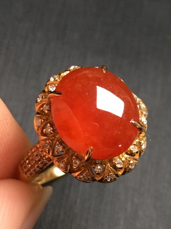 【翡翠A货,红翡蛋面戒指,18k金伴钻镶嵌,完美,种水超好,性价比高。整体尺寸:14.7*13.2*9.8】图7