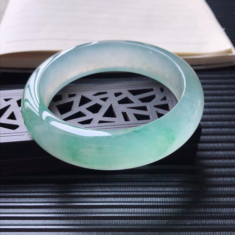 天然翡翠A货冰种起荧光通透飘花正圈宽边手镯,尺寸56.5-15.5-8.7mm