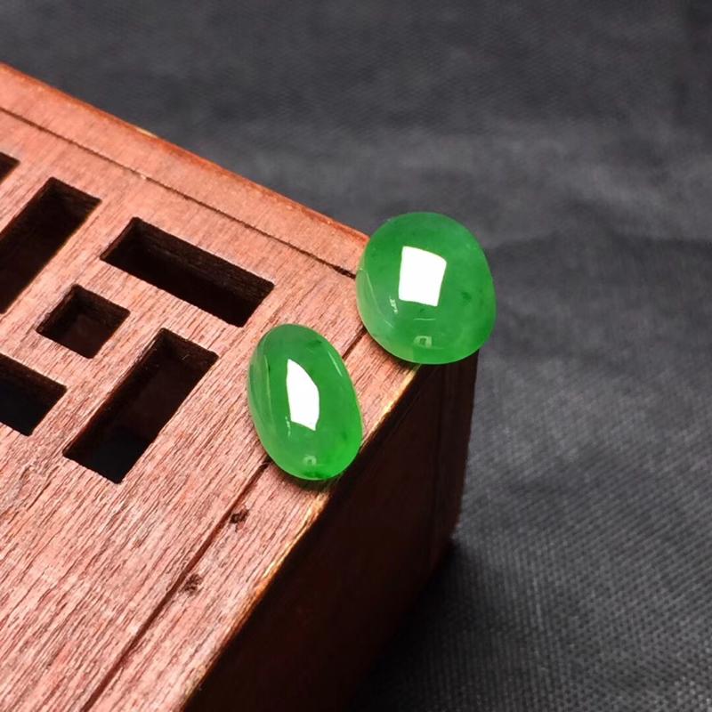 【🌹满绿随型裸石:种老水足,色泽漂亮,干净起光,饱满精致,完美无裂,性价比高。尺寸:9.0--7.2--4.0  9.0--5.2--3.3】图7