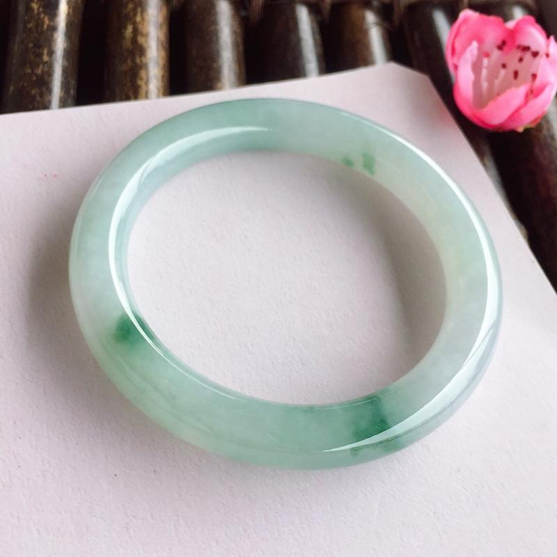 圆条54.4mm,糯化种飘蓝花手镯,底子细润,蓝花飘渺,清新淡雅