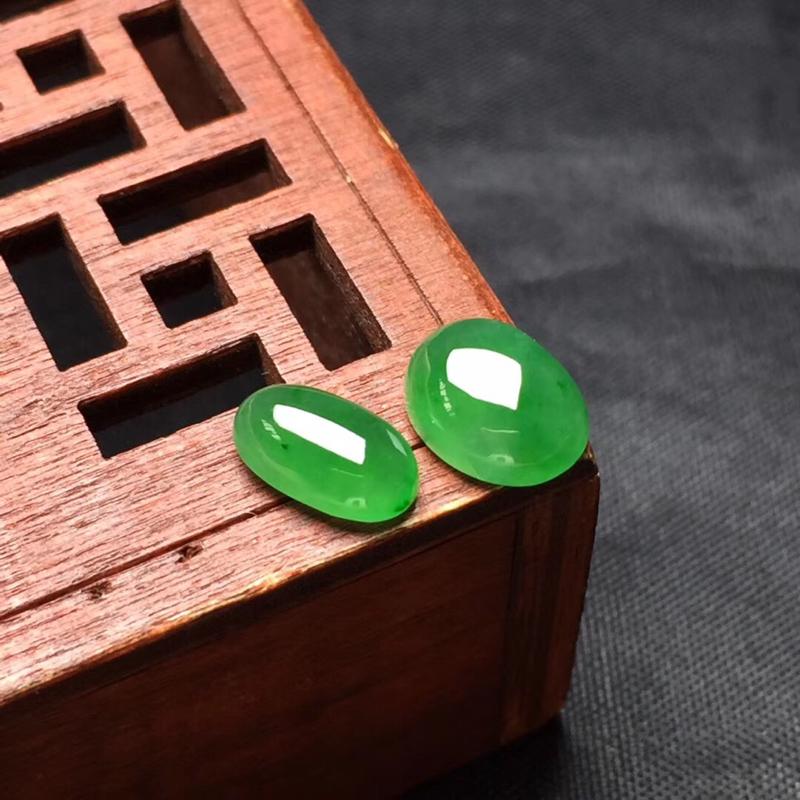 【🌹满绿随型裸石:种老水足,色泽漂亮,干净起光,饱满精致,完美无裂,性价比高。尺寸:9.0--7.2--4.0  9.0--5.2--3.3】图8
