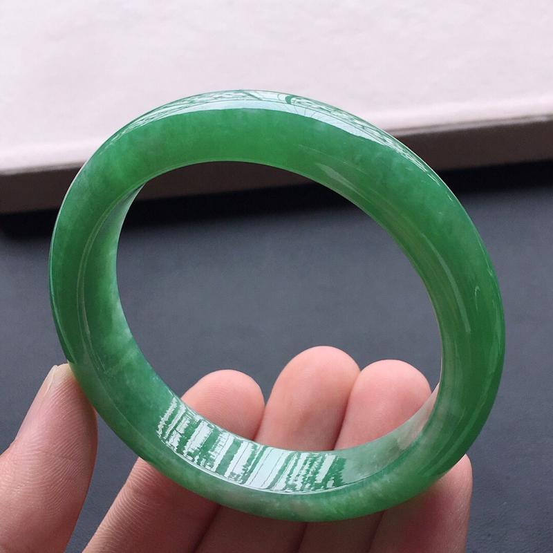 【糯种满绿正圈手镯,圈口:54.5mm  尺寸:12.5×8mm,  天然翡翠A货玉质细腻精雕细雕手镯, 颜色好 佩戴上手漂亮】图8