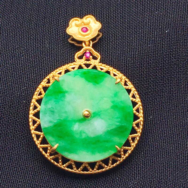 飘绿平安扣吊坠,18金k金镶嵌彩色宝石,色辣,种