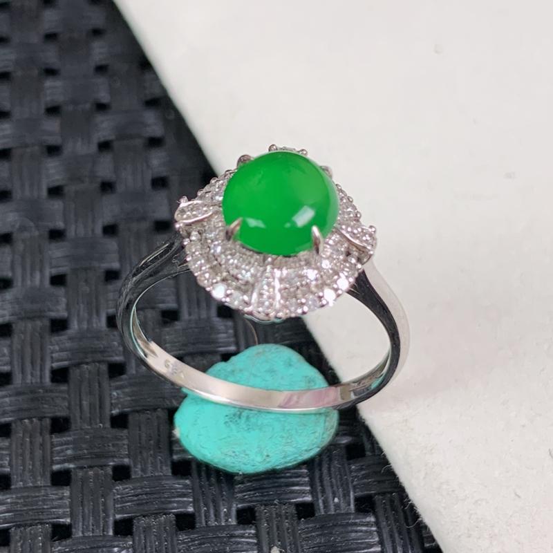 天然翡翠A货-满绿18K金镶嵌蛋面戒指_种好,玉质细腻,水头饱满,形体漂亮,水润精致,上手效果佳,尺