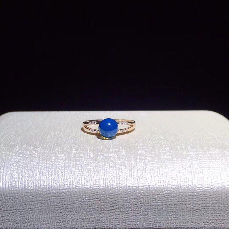 【多米尼加蓝珀·18K金镶戒指】 时尚简约设计!胜利❤款 主石:6MM,天空蓝圆珠 💎配镶南非足反钻