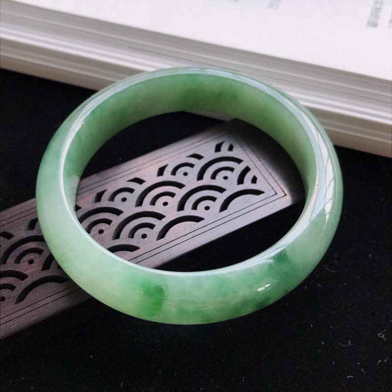 圈口58mm天然翡翠A货老坑糯种油绿正圈手镯,圈口:58.6×14.3×8.7mm,料子细腻,水头好