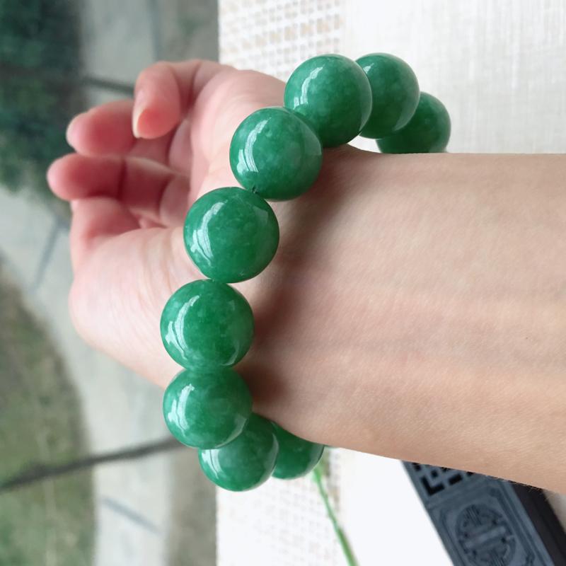 【男士手珠链【自然光拍摄】超大颗满绿圆珠手链,珠圆玉润,珠子大小均匀,大颗圆润饱满,满绿均匀,清新翠绿色,上手大气迷人,共14颗,尺寸取一16mm】图11