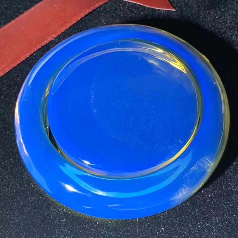 【殿堂级】稀缺同料多米尼加皇家蓝蓝珀手镯套装 毕业级皇家蓝高端成色,镯子心有一丁点细微粉尘,毕竟这么