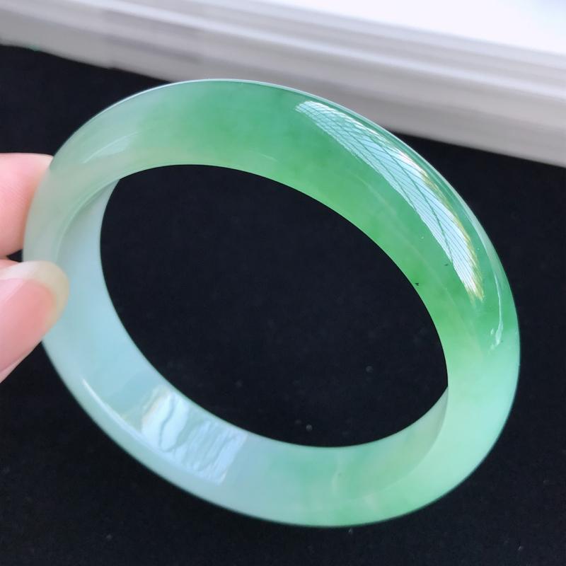圈口57-58mm天然翡翠A货老坑冰糯种飘绿正圈手镯,圈口:57.8×14×8.3mm,料子细腻,水