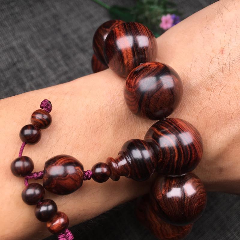 海南黄花梨紫线油梨20mm手串,花纹爆满,材质一流,纹理清晰,底色干净,大黑线水波纹,油性足,密度大