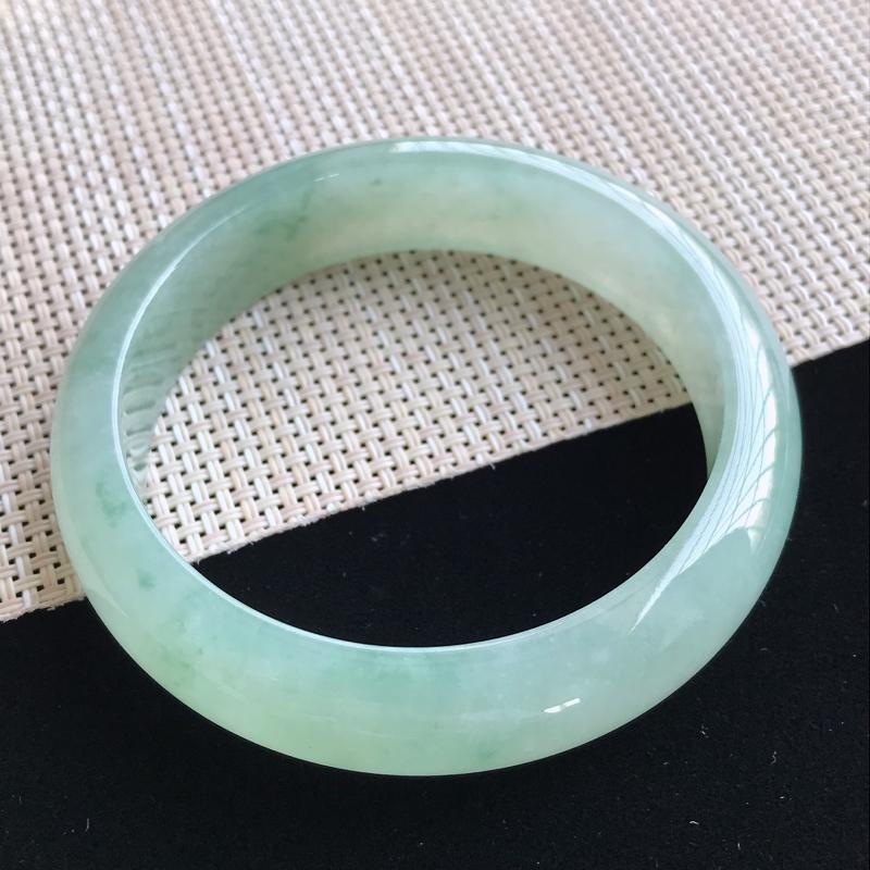 圈口57-58mm天然翡翠A货老坑糯种飘绿正圈手镯,圈口:57.2×14.6×8.1mm,料子细腻,