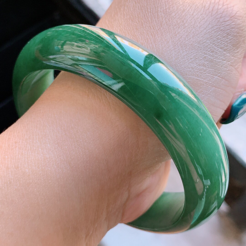【1108老坑精美满绿正装A货翡翠宽条手镯 尺寸56.8-15.2-7mm###】图8