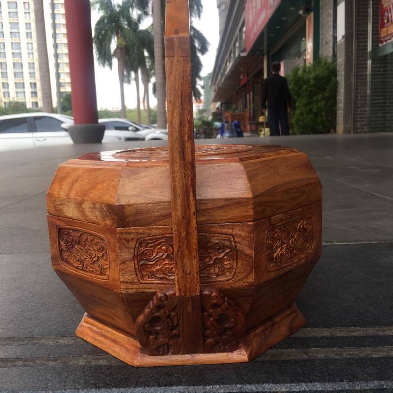 海南黄花梨糠梨【龙凤呈祥】水果篮。精雕工艺。规格是:高280mm、宽260mmX230mm。重:13