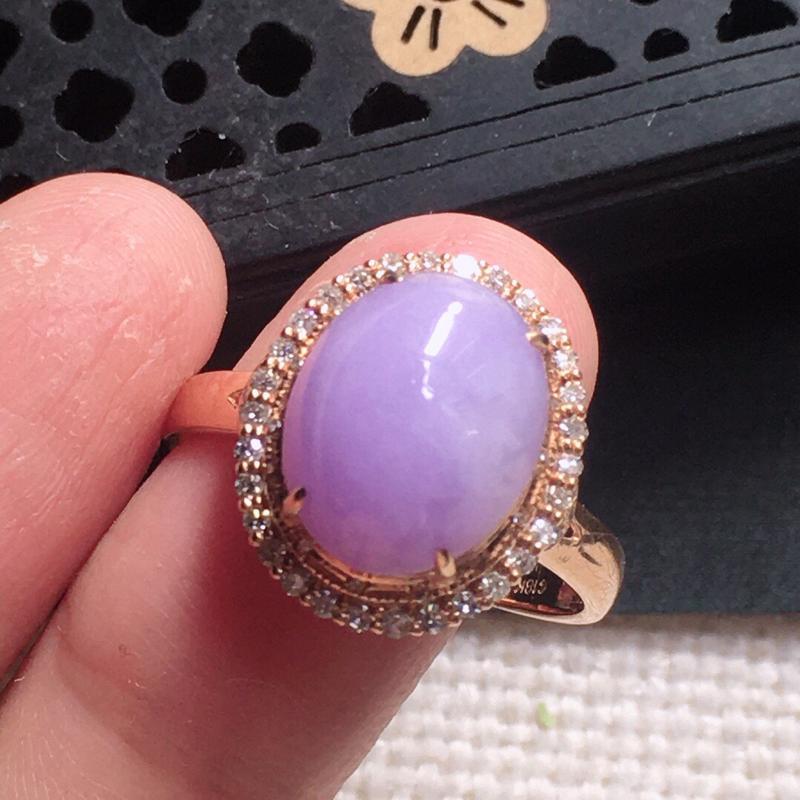 缅甸翡翠17圈口18k金围钻镶嵌紫罗兰蛋面戒指,自然光实拍,颜色漂亮,玉质莹润,佩戴佳品,内径:17