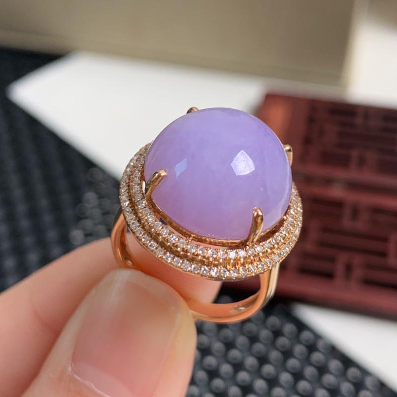 天然翡翠A货-种好紫罗兰18K金镶嵌蛋面戒指_种好,玉质细腻,水头饱满,形体漂亮,水润精致,上手效果
