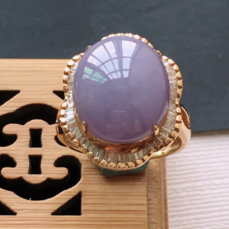 18k金镶嵌围钻紫罗兰蛋面戒指, 料子细腻,雕工精美,颜色漂亮,  含金尺寸:20×16.5×10.