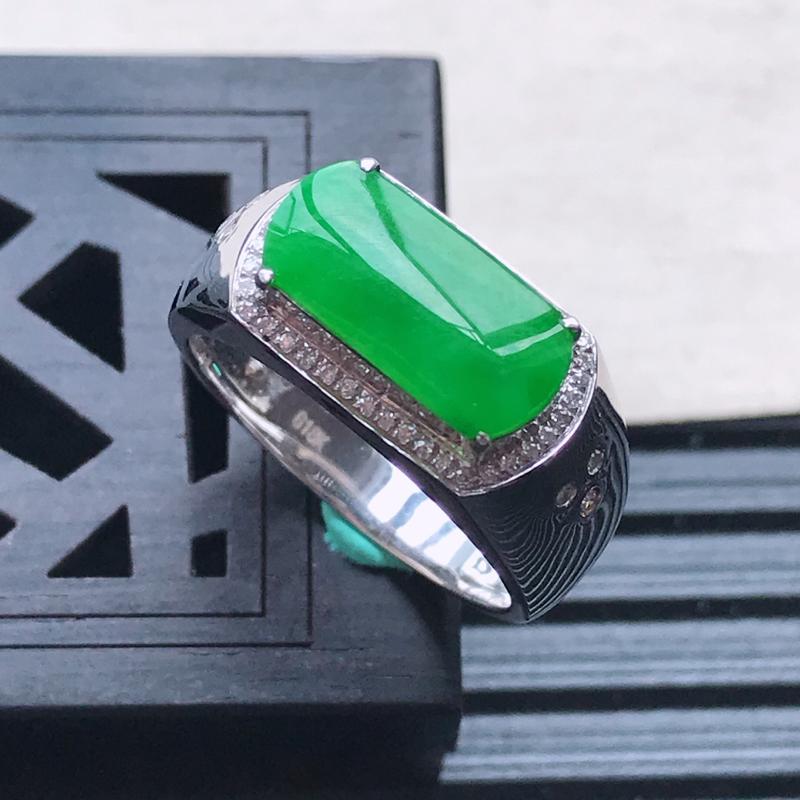 天然翡翠A货18K金镶嵌伴钻细糯种满绿精美马鞍戒指,内径尺寸18mm