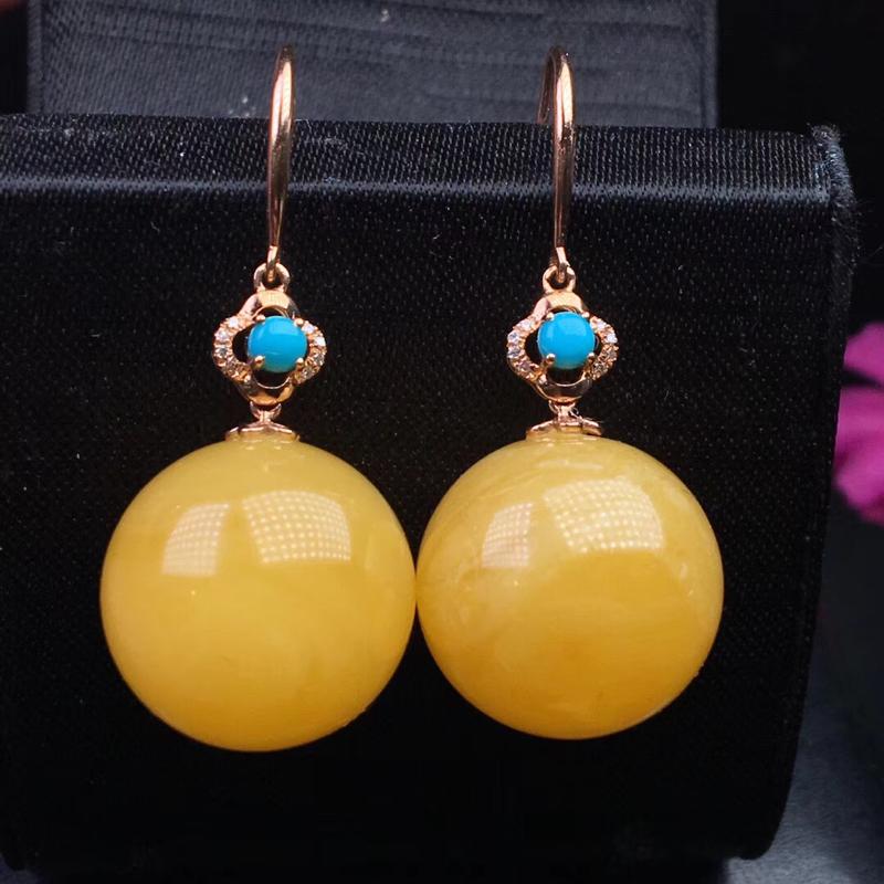 【原价6200元】*满蜜鸡油黄蜜蜡大珠珠耳环! 18K金➕钻石💎➕美松镶嵌 蜜蜡色