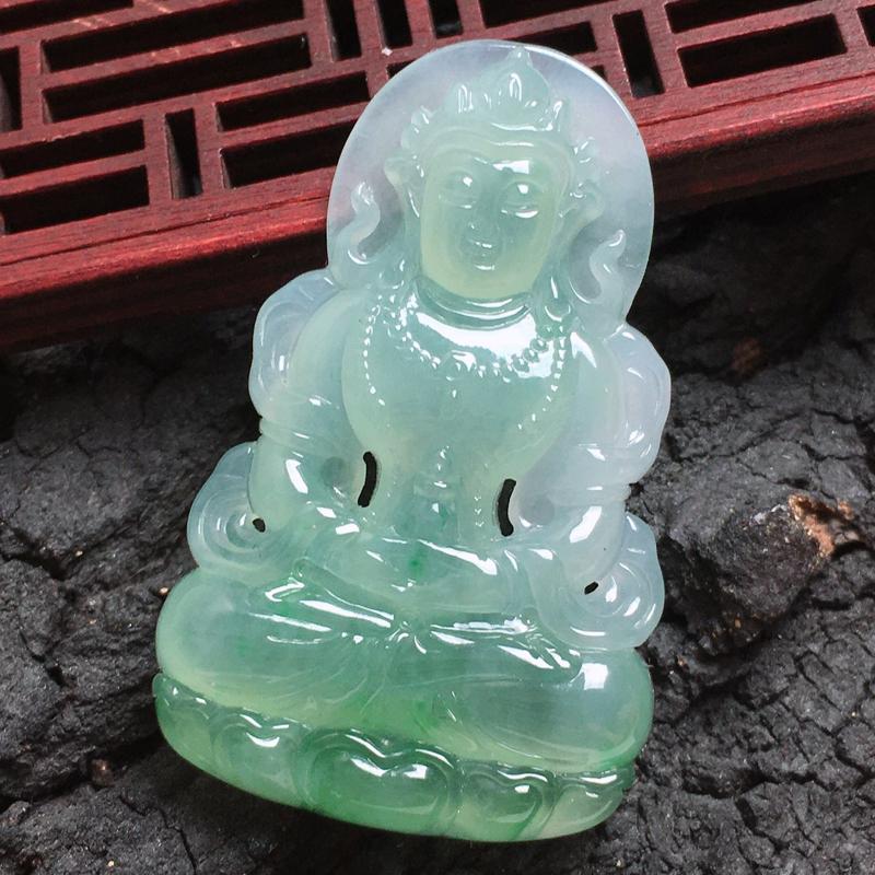 天然翡翠A货-淡绿度母吊坠,种好,玉质细腻,水头饱满,形体漂亮,水润精致,上身效果极佳,尺寸48.5