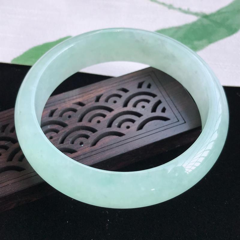 圈口57-58mm天然翡翠A货老坑糯化种飘绿正圈手镯,圈口: 57.8×15.6×7.8mm,料子细