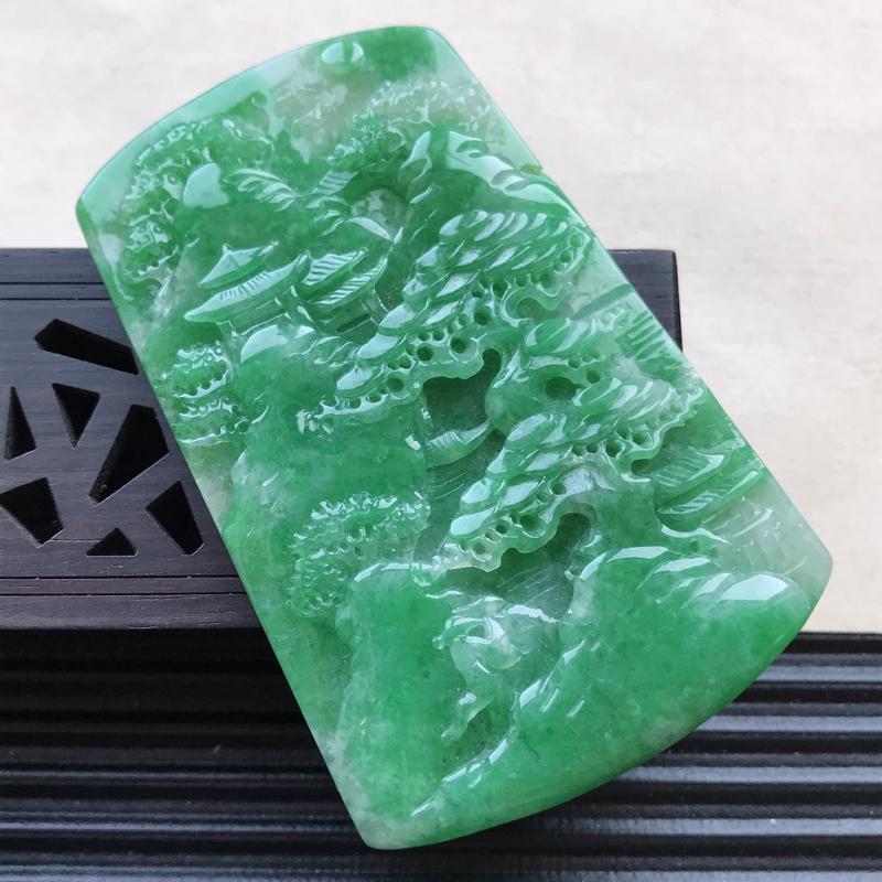 天然翡翠A货细糯种满绿精美山水牌吊坠,尺寸68.8-44.6-5.9mm,玉质细腻