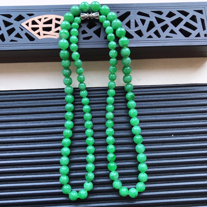 天然翡翠A货细糯种满绿精美圆珠项链,尺寸6.3mm,玉质细腻,种水好 胶感