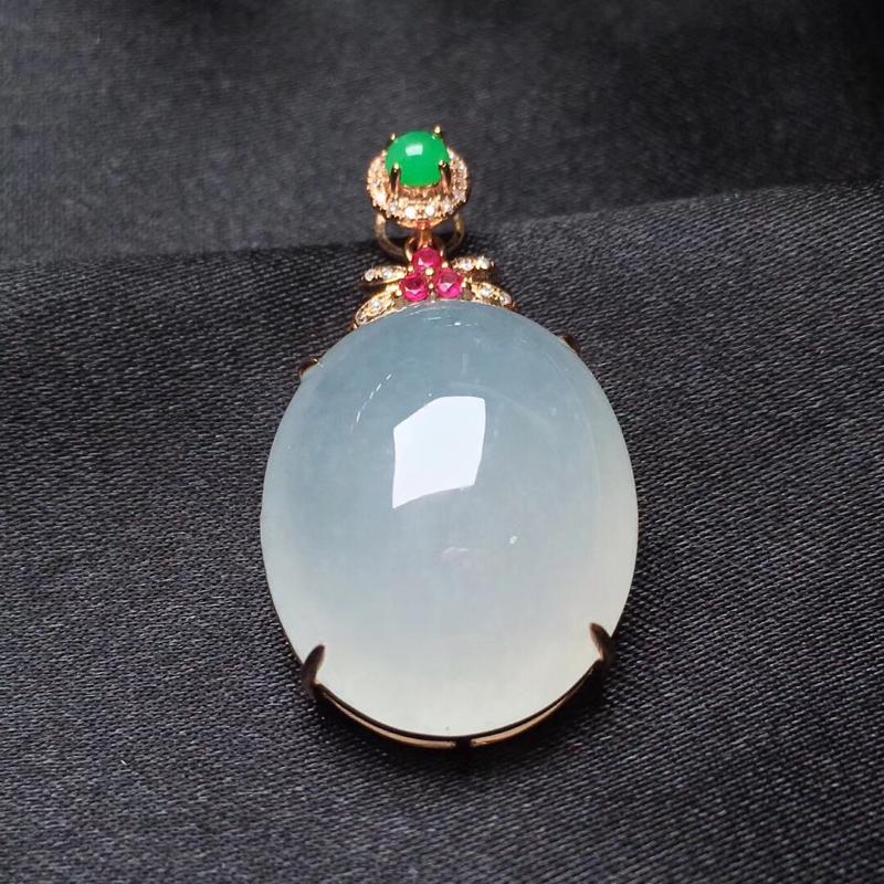 天然a货翡翠 白冰鸽子蛋吊坠 18k金镶嵌钻石 玉质细腻 冰润饱满 整体29.4*16.9*9.3