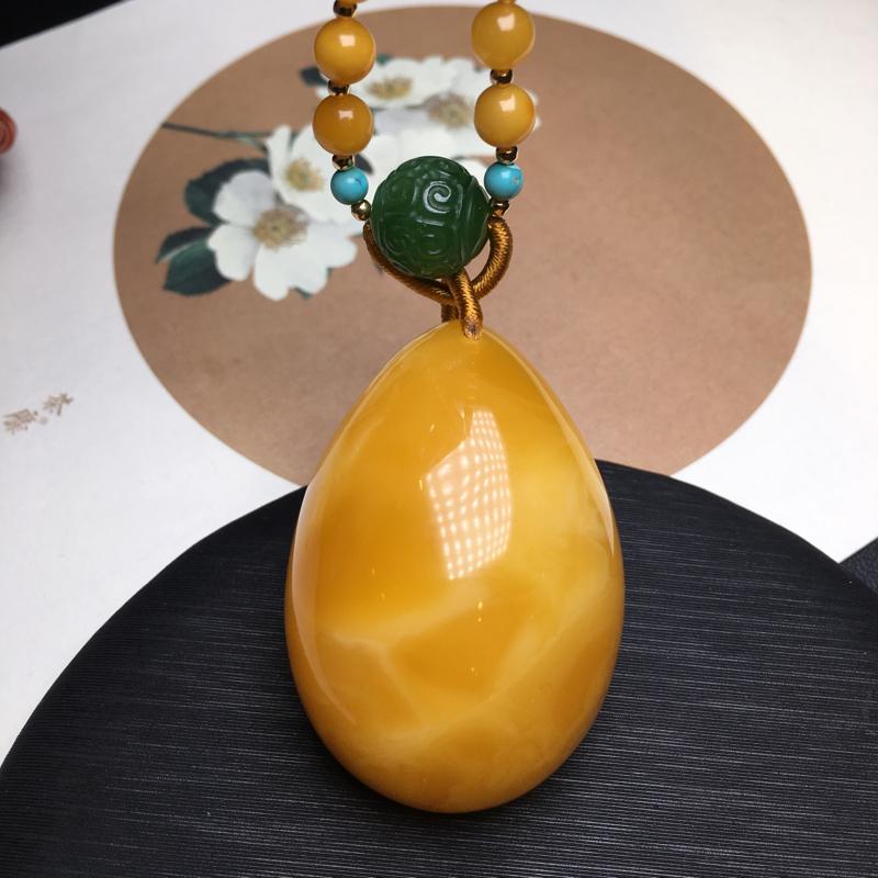 🍃🌺天然无优化蜜蜡鸡油黄水滴吊坠,鸡油红[色]特色流淌纹,美轮美奂,蜡质