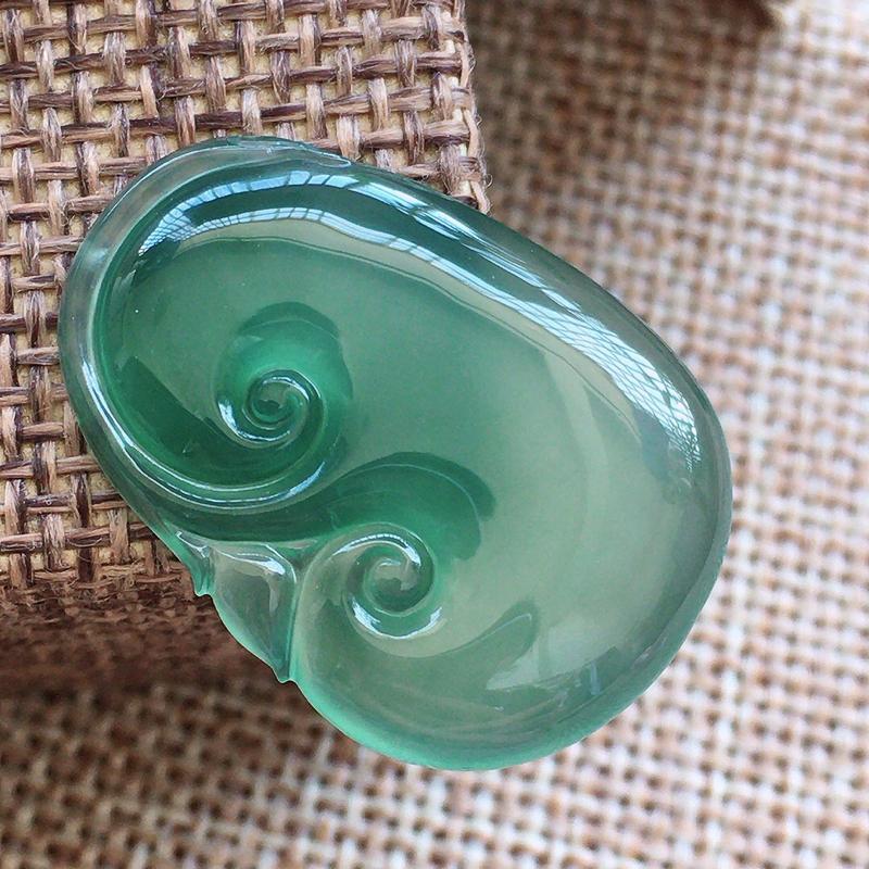 自然光实拍,缅甸翡翠a货:晴水如意,玉质细腻,无孔需镶嵌###