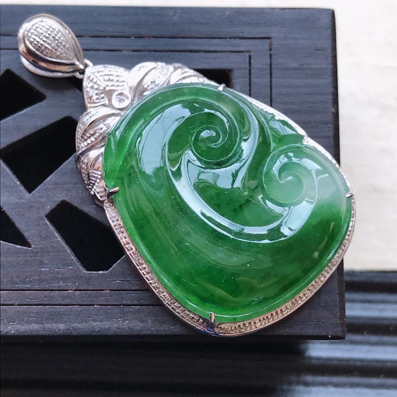 天然翡翠A货18K金镶嵌伴钻细糯种满绿精美如意吊坠,含金尺寸38.6-2