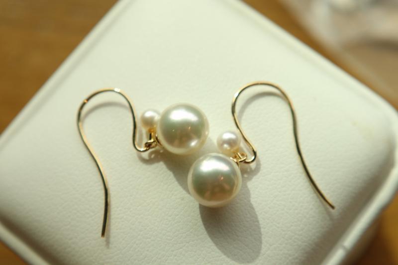 一百分的珍珠耳环❤️ 很美很温柔,二十岁戴到六十岁。 18k金,日本海水珍珠8-8.5mm,大珠子可