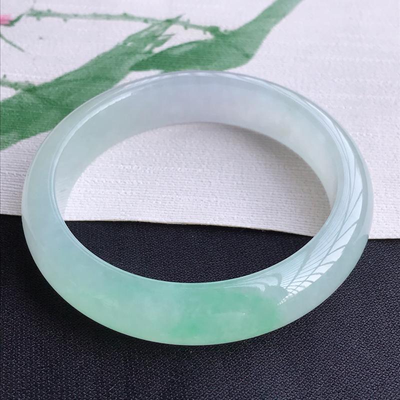 圈口59-60mm天然翡翠A货老坑冰种飘绿正圈手镯,圈口:59.8×14×8.4mm,料子细腻,水头