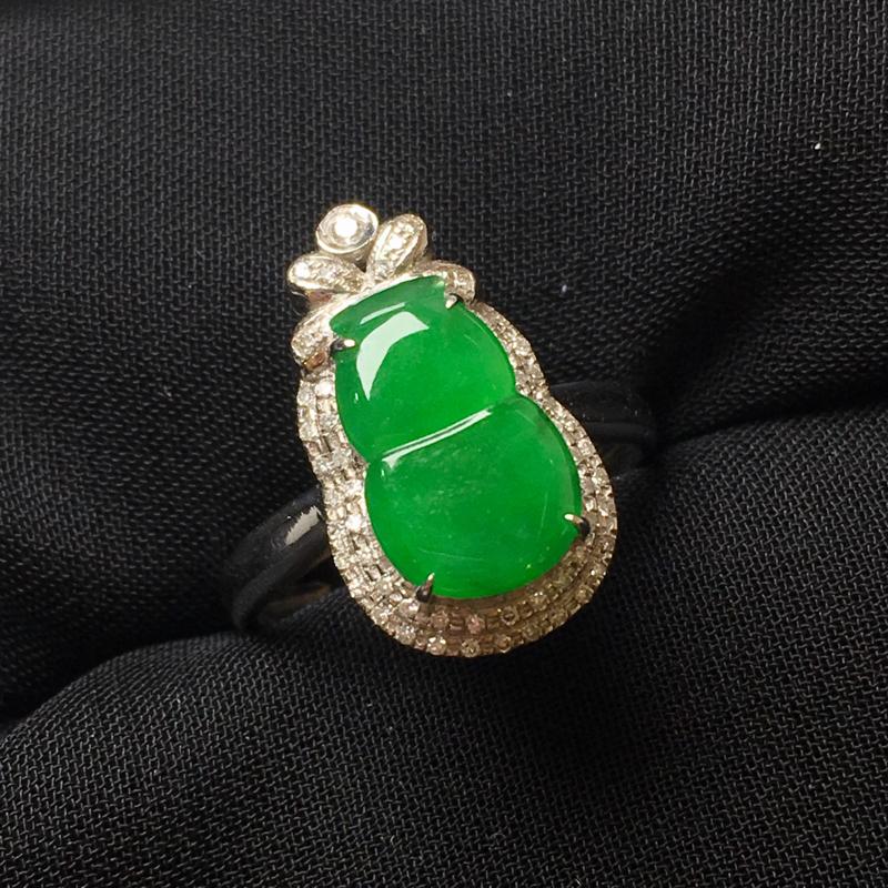 满绿葫芦戒指💍,18k金伴