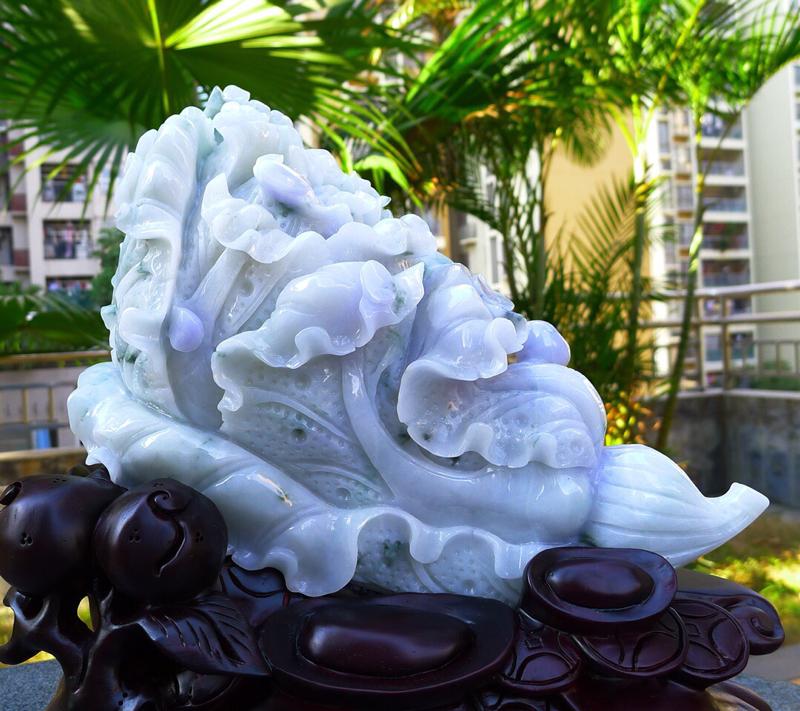 大白菜摆件 缅甸天然翡翠A货 精美春带彩  八方来财 财源广进 步步高升 升官发财 白菜摆件 雕刻精
